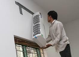Vệ sinh máy lạnh căn hộ1