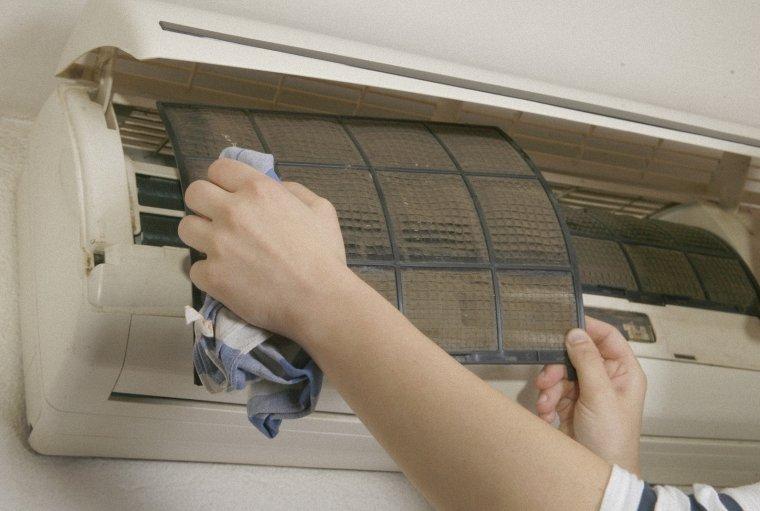 vệ sinh máy lạnh trường học
